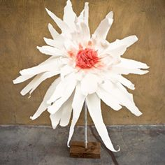 Another way to make a giant paper flower