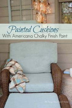Got some ratty porch chair cushions? Paint them! /Painting Cushions with Chalky Finish Paint! #chalkyfinish #decoartprojects @decoart @michaelsstores @homedepot @HobbyLobby  #sponsored