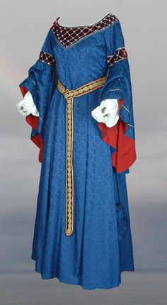 Inspiration for the Bliaut; Atelier Verdande --- Okay, except for this. France actually wore something vaguely similar to this during the arc about England's dangerously long hair.