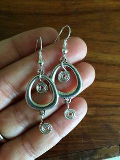 Pendientes tribales  plata collar aretes  espiral  Boho