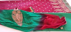 Churidar Salwar Kameez / Salwar costume rouge vert et prune