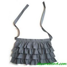 Can I make this out of a ruffled tote bag? : Ruffled half apron