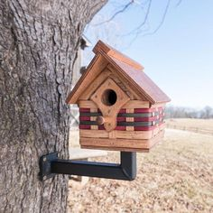 Matching color scheme--This premium Amish handmade birdhouse is completely functional and will provide a secure home for small songbirds such as wrens, chickadees, titmice, and nuthatches. Amish, Metal Shop Building, Building Bird Houses, House Building, How To Build Abs, Wooden Cottage, Birdhouse Designs, Unique Birdhouses, Bird House Kits