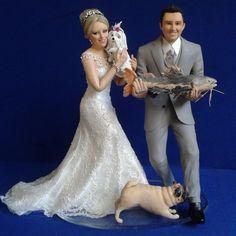 #topodebolo feito para a #noiva Flavia que se #casou em nov/14.  #noivosfelizes #noivinhosparatopodebolo #miniaturas #pug #maltes #peixe #pesca #noivaansiosa #noivafeliz #sonhorealizado #weddingcaketopers #topcake #noivinhos