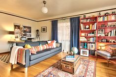 23 Airbnb Rentals That Have Us Trippin'! #refinery29  http://www.refinery29.com/2014/03/64349/best-air-bnb-listings#slide22  Warm and Charming One Bedroom In Seattle Hood: Capital Hill, WA