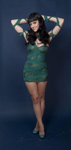 Katy Perry - old New York Magazine Photoshoot - Sexy Leg Cross