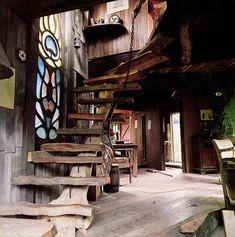 Hermosa escalera para entrepiso