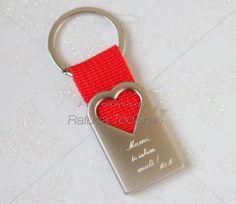 35 Breloc personalizat - Red Heart M6