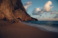 blue ocean water near rock formation Lefkada beach Beach Images, Green Landscape, Turquoise Water, Sandy Beaches, Greek Islands, The Good Place, Coast, Around The Worlds, Ocean