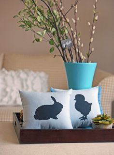 Easter pillows ... reminder to make these next year ... #pillowpalooza 2
