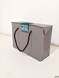 BAG BOX | Pietra #PKGSP #packaging