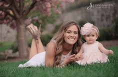 Zach, Whitney, Bradley, and Kaci Lynn Bates    Are you ready for a complete cuteness overload? The little Bates family did an Easter ph...