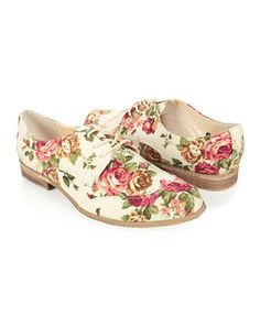Ahh, They are so reasonably priced and even more adorable! I want them oh so bad!
