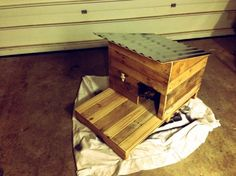 diy cat house from pallets - Google Search
