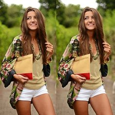 Look com kimono floral e short branco