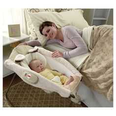 Soothe or entertain baby, in one! The ultra-plush headrest and insert help baby feel safe and secure, while the comfy incline helps baby sleep all night long. For newborn and up.