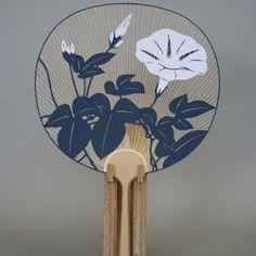 Japanese Flowers, Japanese Paper, Japanese Kimono, Traditional Japanese Art, Japanese Design, Hand Held Fan, Hand Fan, Chinese Element, Solomons Seal