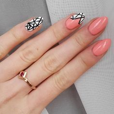 102 Pastel Peach  #mani #manicure #nails #hybrydy #hybryda #hybridnails #hybrid #rapidoart #rapidograf #semilac #indigonails #wzorki #nature #paznokciehybrydowe #vsco #vscocam #like4like #l4l #follow #followme #f4f #instabeauty #tagsforlikes #instanails