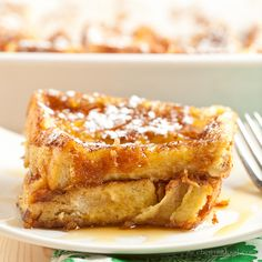 Texas French Toast Bake INGREDIENTS  1/2 cup melted butter (1 stick) 1 cup packed light brown sugar 1 loaf Texas Toast 4 large eggs 1 1/2 cup whole milk 1 TB vanilla extract 2 TB light brown sugar, mixed with 2 tsp cinnamon Powdered sugar for sprinkling Real maple syrup for serving, if desired