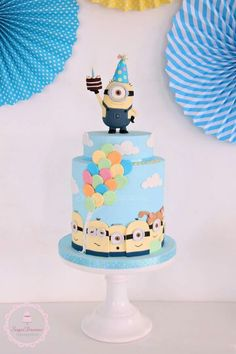 Minion cake Fancy Cakes, Cute Cakes, Torta Minion, Minion Cakes, Fondant Cakes, Cupcake Cakes, Alphabet Cake, Disney Cake Toppers, Minion Birthday