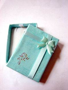 Mini Earring Gift Box Set of 13 28 x 21 in by five0101 on Etsy, $7.00