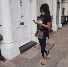 louis vuitton handbags for women crossbody Fashion Killa, Look Fashion, Luxury Fashion, Autumn Fashion, Fashion Outfits, Womens Fashion, Fashion 2018, Chill Outfits, Sporty Outfits