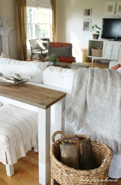The Easiest DIY Dipped Sofa Table Using Reclaimed Wood {City Farmhouse}