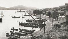 10 Amazing Vintage Photographs of Istanbul That Depict Turkey Urban Architecture, Historical Pictures, Istanbul Turkey, Vintage Photographs, Old Pictures, Continents, Amazing, Paris Skyline, Beautiful Places