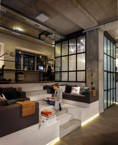 Office by Circle Line Interiors 13
