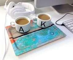 Beautiful tray from Camilla Edfors! #tray #kitchen #serve #servingtray #eat #drink #fika #nordicdesigncollective #camillaedfors #wood #birch #madeinsweden #swedishdesigner #scandinaviandesigner #computer #break #work #breakfromwork #coffee #coffeebreak #fikapaus #headphones