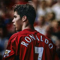 The Young Cristiano Ronaldo ● Amazing Skills Show Cristiano Ronaldo 7, Cristiano Ronaldo Manchester, Milan, Chelsea, Manchester United Players, Football Photos, Football Stuff, Soccer Gear, Pasta