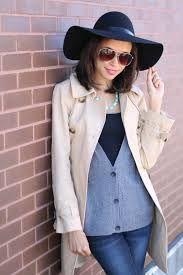 winter sweater layers - Google Search Winter Office Wear, Sweater Layering, Winter Sweaters, Business Casual, Hats, How To Wear, Layers, Google Search, Women