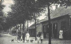 Gebied Someren, Someren was een hertogdorp, waarbinnen een grondheerlijkheid lag van de Sint-Lambertkerk te Luik (1327). Niet onmogelijk is dat de riddermatige familie Van Someren in de dertiende eeuw er ook heerlijke rechten heeft bezeten. De nieuwe gemeente Someren is per 1 mei 1935 gevormd door samenvoeging van de voormalige gemeenten Someren en Lierop.
