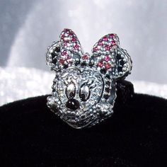Sparkling Minnie Portrait Pave Pandora Disney  by JEWELSELAGANT