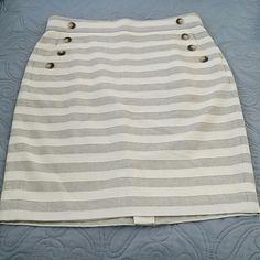 Ann Taylor Skirt Excellent condition  100% cotton Fabulous classic design Ann Taylor Skirts Pencil
