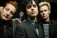 Green Day lançam três álbuns a partir de setembro