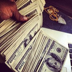 Money flows to me in avalanches of abundance every day, in every way and in every amount Mo Money, How To Get Money, Make Money Online, Cash Money, Money On My Mind, All Currency, Money Stacks, Attract Money, Like Facebook