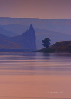 Citadel Rock. Upper Missouri River Breaks National Monument, Montana; photo by Dyoshida