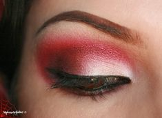 Red is my favorite color and now, it's becoming more popular to wear red on the eyes! So, I created a look using a pinkish red and burgundy ...