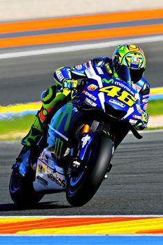 Valentino Rossi (Photo l Michelin) Motogp Valencia Practice Spain