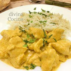 Esta recetade pollo al curry es muy sencilla y rápida. La salsa a base de crema de leche resulta muy suave y untuosa, con notas aromáticas. Snack Recipes, Healthy Recipes, Snacks, Salsa Curry, Recipies, Easy Meals, Chips, Food And Drink, Chicken