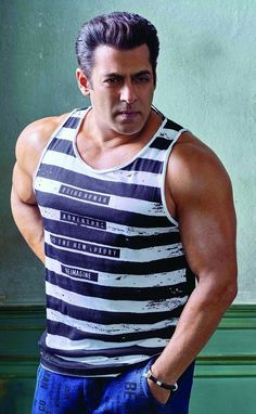 Salman Khan attitude pictures collection & handsome look - Life is Won for Flying (wonfy) Bollywood Songs, Bollywood Actors, Bollywood Celebrities, Stylish Dpz, Stylish Boys, Salman Khan Wallpapers, Salman Khan Photo, National Film Awards, Kapil Sharma
