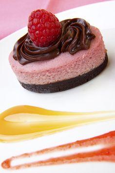 Chocolate Raspberry Cheesecake (RAW)