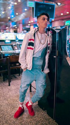 Bryant Myers, Bro, Latin Grammys, Freestyle Rap, Becky G, Male Poses, Cute Boys, Youtubers, Street Wear