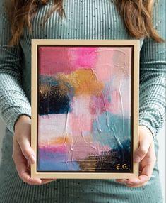 Abstract schilderij kunst modern | woon woonkamer woonidee | kunst in huis | nude en pastel tinten Original Art, Polaroid Film, The Originals, Frame, Home Decor, Kunst, Picture Frame, Decoration Home, Room Decor