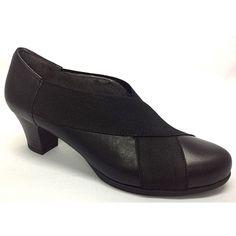 a06d4fa3ede Zapato de medio tacón súper cómodo.Piso de goma antideslizante.Gracias a  los elásticos