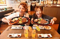 What is the best thing to do after having fun in the sea? Of course enjoying a delicious steak at STEAK HOUSE 88!  #japankuru #japan #cooljapan #okinawa #steak #steakhouse88 #okinawabeef #food #instafood #instagood #happy #delicious #오키나와먹방 #오키나와맛집 #해양스포츠 #바나나보트 #워터제트백 #스테이크하우스88 #牛排 #沖繩旅行 #水上活動 #美食