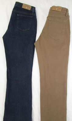 2 Jean Lot Riders Denim by Lee 1 Boot Cut / 1 Straight Leg Relaxed Fit  8P X 28…