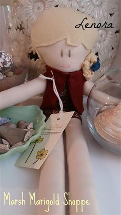 Events - Made Urban Marsh Marigold, Doll Clothes, Singing, Make It Yourself, Dolls, Christmas Ornaments, Holiday Decor, Heart, How To Make