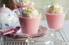 How to make strawberry bavarois? Here are 15 steps. Follow me step by step.